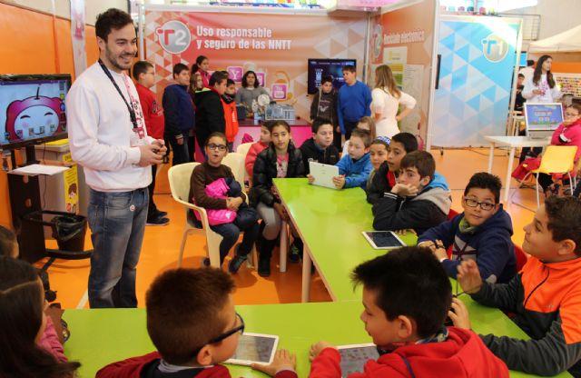 Más de 500 escolares han visitado la Feria de Nuevas Tecnologías SICARM en Puerto Lumbreras - 2, Foto 2