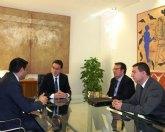 La Comunidad destina 658.000 euros para la contratación de 700 desempleados de larga duración en este año