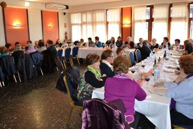 La asociación de viudas del Mar Menor conmemora el día del colectivo - 1, Foto 1
