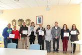 Alcaldesa y Concejal de Turismo entregan los premios a las mejores fachadas decoradas con motivos navideños