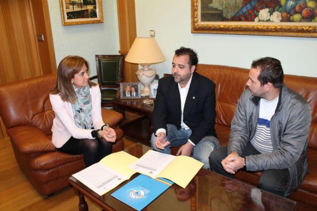Ayuntamiento y Federación de Salvamento firman un convenio para la realización de acciones formativas de socorrismo - 1, Foto 1