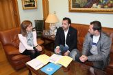 Ayuntamiento y Federación de Salvamento firman un convenio para la realización de acciones formativas de socorrismo
