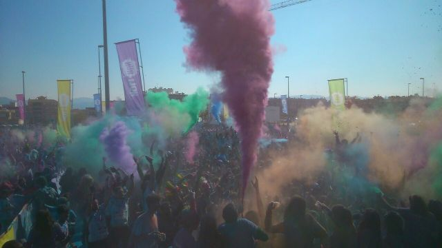 8.000 runners dieron color a la HOLI RUN Murcia Carnival Edition - 1, Foto 1
