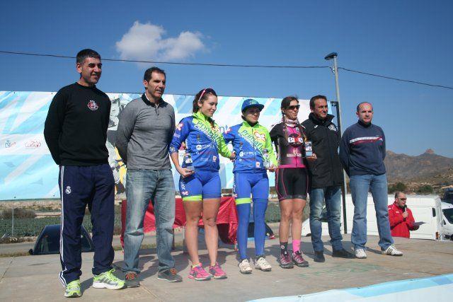 Cerca de 200 ciclistas participan en el I Bike Maratón Fenicio, Foto 5