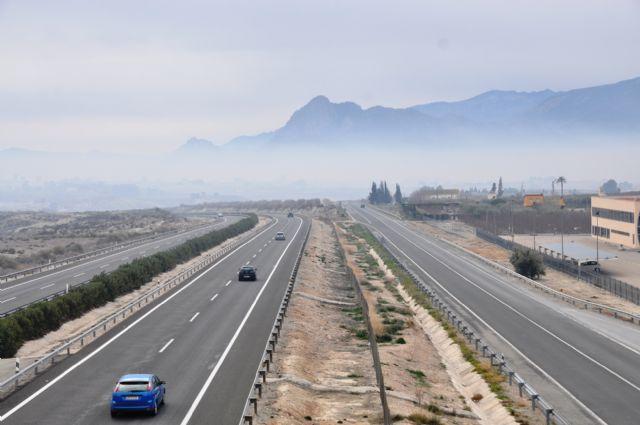 Ecologistas en Acción reclama medidas de protección para la población ante las nubes de humo - 1, Foto 1