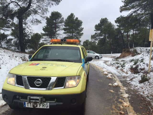 More than twenty inches of snow in the higher elevations Espuña