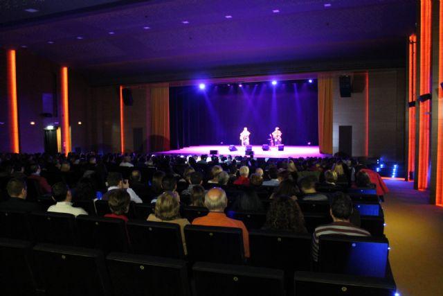 Lleno absoluto en la primera actuación del nuevo teatro Villa de Archena a cargo de David DeMaria - 2, Foto 2