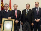 Grupo Fuertes, primer Acad�mico Protector de la Academia de Veterinaria de la Regi�n de Murcia