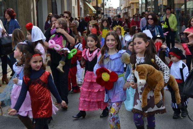 Los pequeños pinatarenses dan la bienvenida al Carnaval en una fiesta infantil - 1, Foto 1