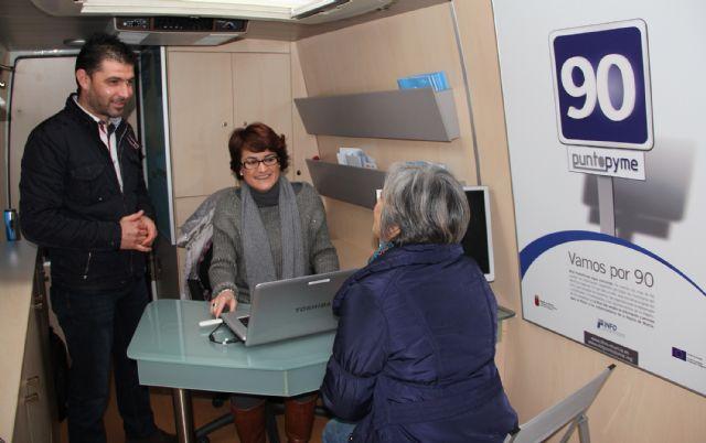 El servicio Infomóvil llega a Puerto Lumbreras para asesorar a emprendedores - 1, Foto 1