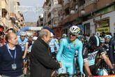 Gran expectaci�n en la salida de la Vuelta Ciclista a Murcia