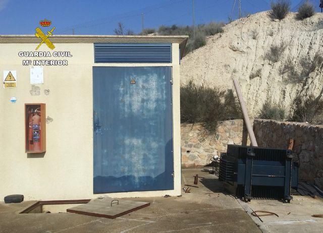La Guardia Civil desmantela un grupo delictivo dedicado al robo de cable de cobre y transformadores - 4, Foto 4
