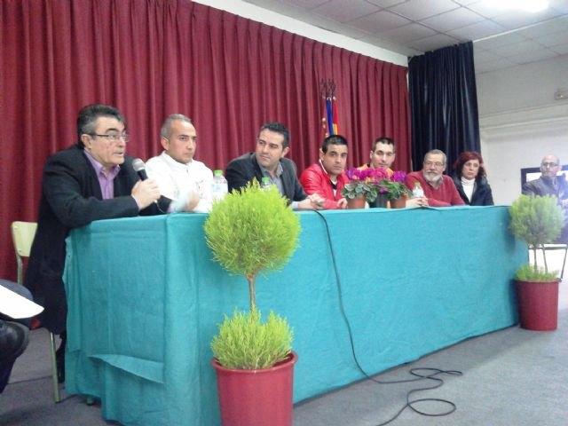 Internos de Campos del Río informan a los alumnos del instituto Ribera de los Molinos de Mula sobre los riesgos del consumo de drogas - 1, Foto 1