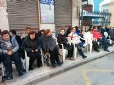 Usuarios de PADISITO junto a algunos familiares y voluntarios visitaron el desfile de carnaval de Totana