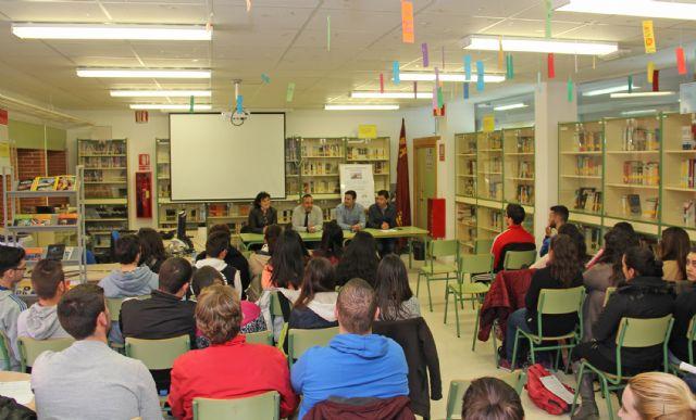 El Ayuntamiento fomenta la cultura empresarial entre los alumnos del IES Rambla de Nogalte - 1, Foto 1