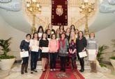 Dos alumnas del Curso de Limpieza Hospitalaria consiguen empleo en el Santa Lucía