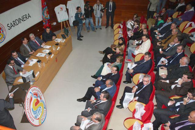 Alberto Sevilla cede el protagonismo a los sardineros en su cartel anunciador del Entierro - 5, Foto 5