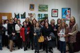 La asociación femenina 'Isabel González' torreña muestra los trabajos de su taller de pintura