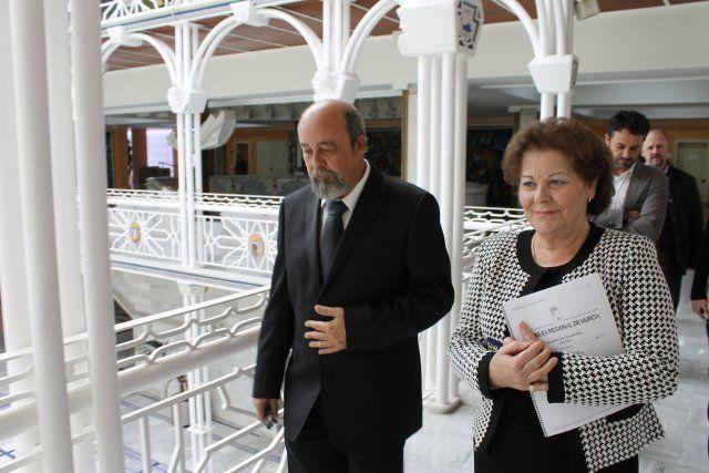 El alcalde afirma que seguirá demandando el servicio sanitario que merecen los ciudadanos del Área de Salud II de Cartagena, Foto 2