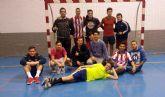 Fútbol sala para fomentar el juego lúdico en el programa juvenil 'Suma y sigue' de Alguazas
