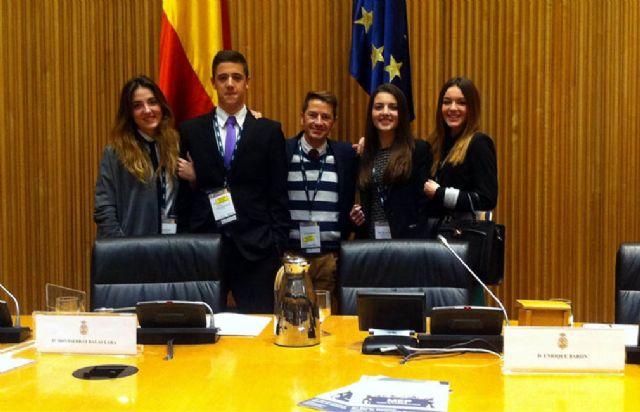 Cuatro alumnos del IES Alcántara de Alcantarilla participan en la XV sesión nacional del modelo de parlamento europeo en Madrid - 1, Foto 1