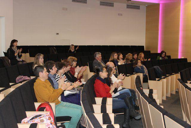 Instituciones y agentes sociales se implican en el VI Congreso de la Mujer, Foto 2