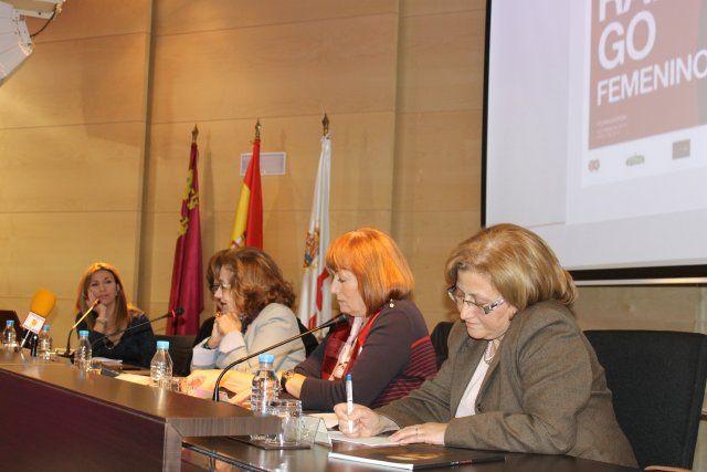 María Antonia Martínez y Gutiérrez Cortines reflexionan sobre el papel de la mujer en la vida pública, Foto 2