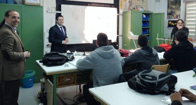 Educación y Ayuntamiento de Torre Pacheco estudian la implantación de nuevos ciclos de Formación Profesional Básica - 1, Foto 1