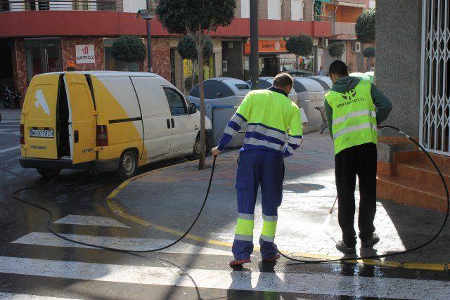 El ayuntamiento refuerza la limpieza e incrementa las obras de ingeniería urbana, Foto 2