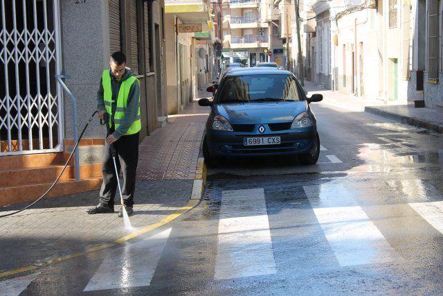 El ayuntamiento refuerza la limpieza e incrementa las obras de ingeniería urbana, Foto 3