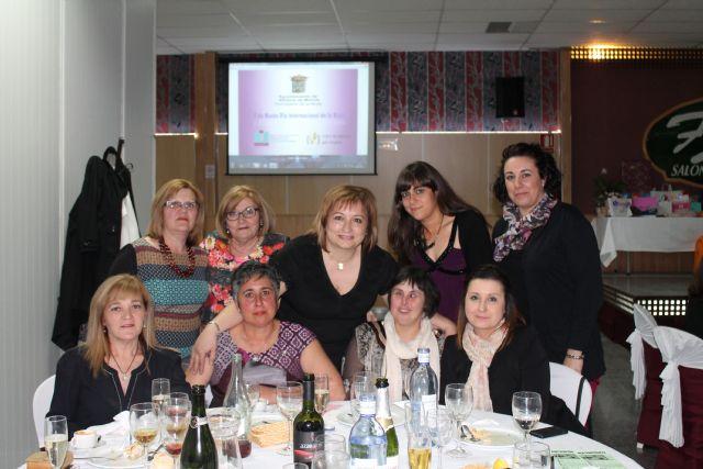 Continúan los eventos conmemorativos del Día de la Mujer con cenas, coloquios, conciertos y viajes programados para la mujer, Foto 1