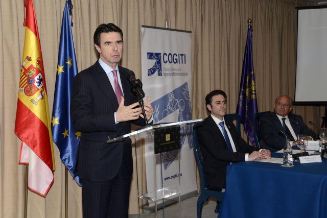 """""""La recuperación de la economía española vendrá por el fortalecimiento de la industria y la contribución de los ingenieros al desarrollo del sector productivo"""" - 1, Foto 1"""