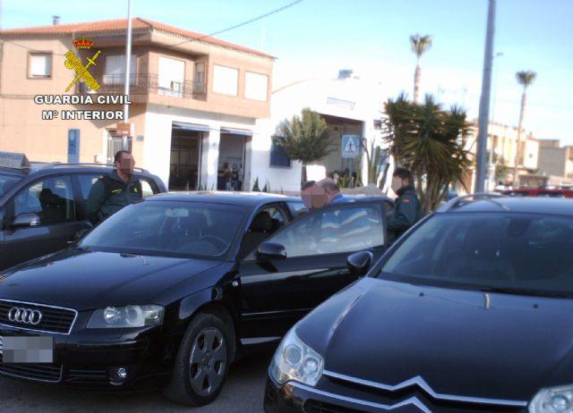 La Guardia Civil detiene a dos personas por estafas en la venta de vehículos de segunda mano - 1, Foto 1