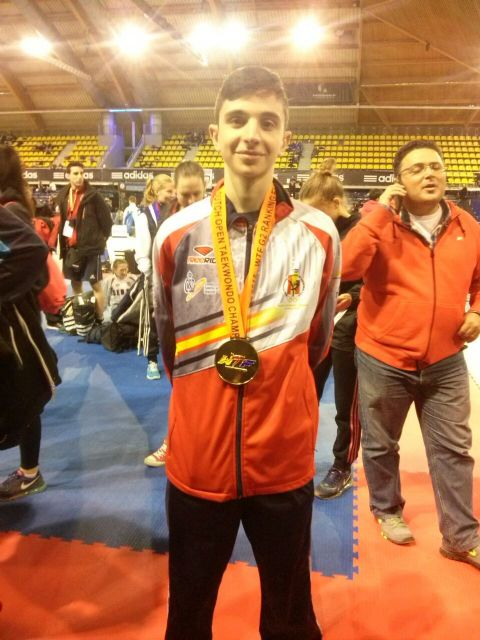 Arturo Gómez se proclama campeón el Open de Holanda de taekwondo - 1, Foto 1