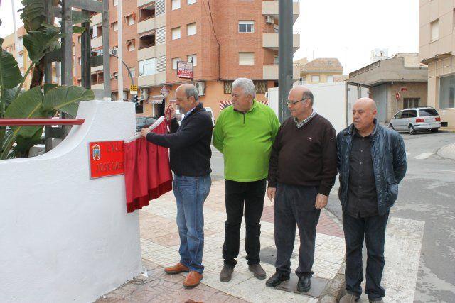Inaugurada la calle José Gaspar en Puerto de Mazarrón, Foto 1