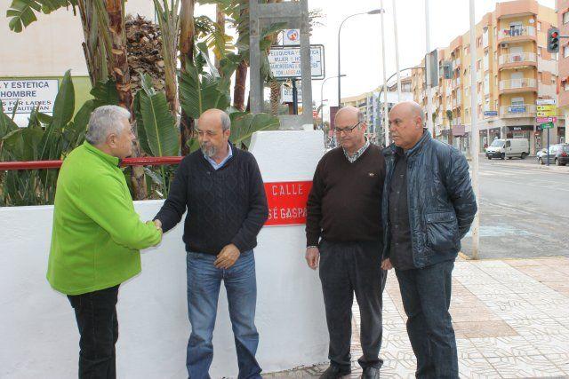 Inaugurada la calle José Gaspar en Puerto de Mazarrón, Foto 2