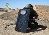 La Guardia Civil desactiva un proyectil de artillería de la Guerra Civil