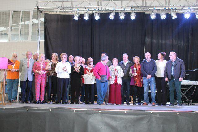 Convivencia con mayores y misa rociera, preludio del cierre de las fiestas patronales de San José, Foto 3