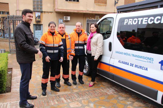 El Ayuntamiento dota con una nueva furgoneta a Protección Civil, Foto 5