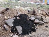 IU-Verdes denuncia nuevos vertidos incontrolados en los terrenos aledaños a La Ermita