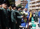 La Guardia Civil escolta el paso del Cristo del Amor, en su procesión del Viernes de Dolores