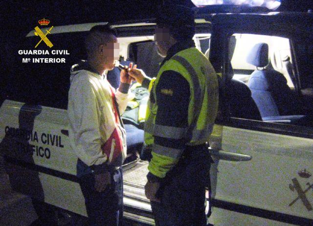 La Guardia Civil detiene a un conductor por circular en sentido contrario durante cuatro kilómetros - 2, Foto 2