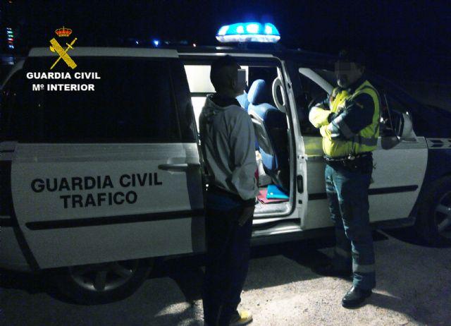 La Guardia Civil detiene a un conductor por circular en sentido contrario durante cuatro kilómetros - 3, Foto 3
