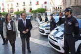El Alcalde presenta los 39 vehículos que se incorporan a la flota de la Policía Local para reforzar la seguridad en barrios y pedanías
