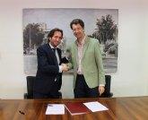 La Comunidad y el Grupo Secuoya firman el contrato de gestión indirecta del servicio público de la televisión autonómica