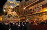 La Virgen de Los Dolores mostró su esplendor durante la Procesión del Dolor y del Santo Entierro 2015