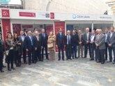 La I Muestra de Turismo Costa Cálida enseña los atractivos de los distintos municipios en pleno centro de la ciudad de Murcia