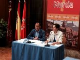 El Alcalde Cámara firma un convenio para reforzar la protección a las víctimas de la violencia de género