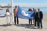 El Mar Menor ondea la bandera que lo acredita como uno de los mejores destinos náuticos del país