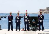 Homenaje a los héroes del 2 de mayo en el puerto